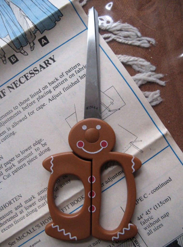 Gingerbread scissors