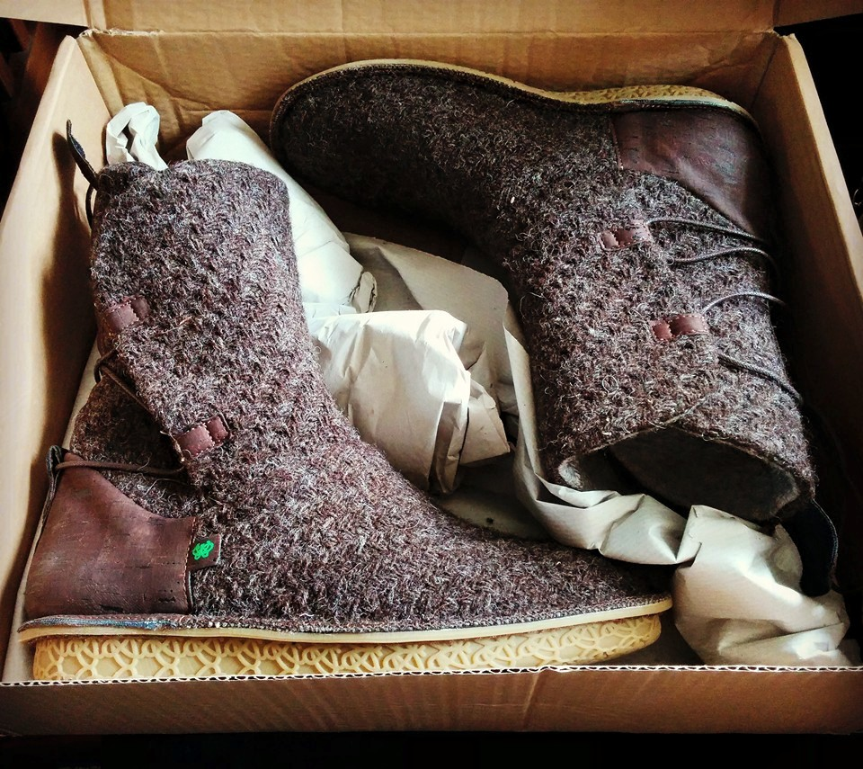 The Force Awakens Rey boots1