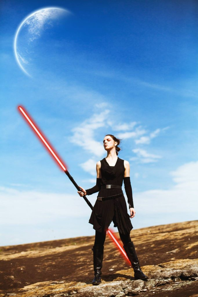 Dark Rey on Jakku by Kyle Matthew Williams. Cosplay by The Lady Nerd